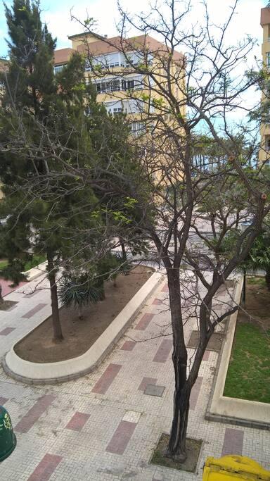 View from the apartment / Blick von der Wohnung / Vista desde el piso