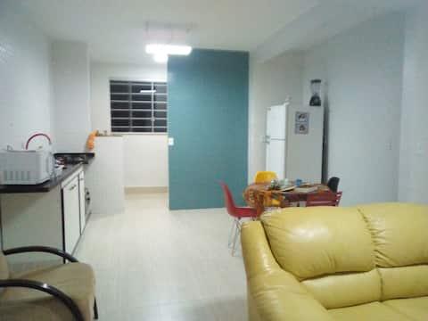 Confortável apartamento econômico