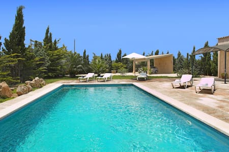 Luxury and comfort at Es Llombards - Es Llombards - Villa