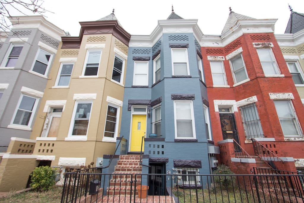 Gorgeous Historic DC Row Home Away From Home