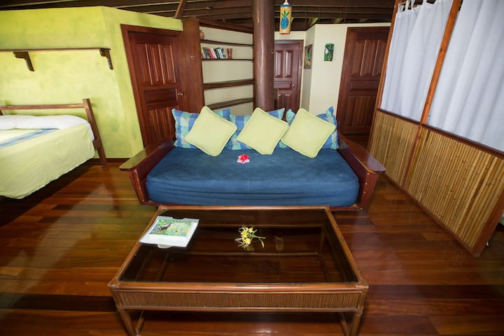 Beach House directly on the Golfo Dulce