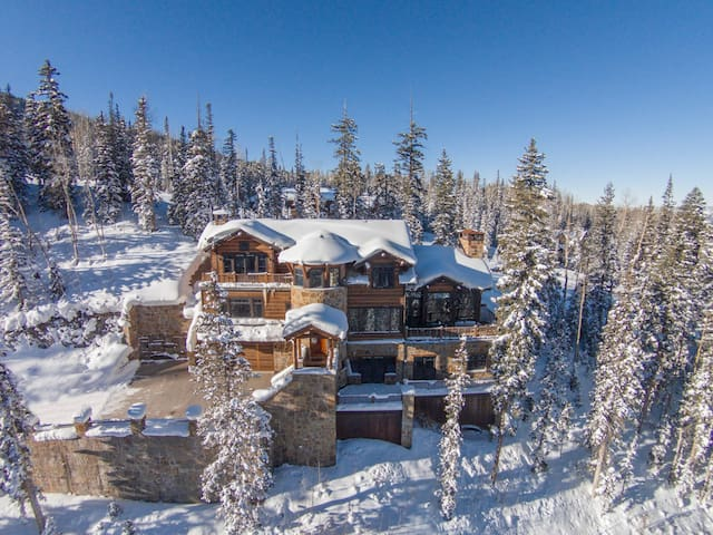 Epic Slope Side Luxury Retreat! - Sleeps 16