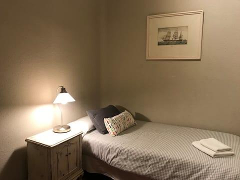 Paseo de Gracia. Single Room.