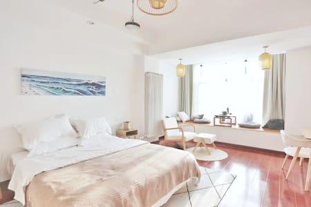 日式和风投影大床房