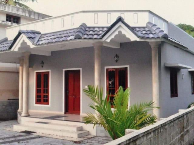 Gangan beach house