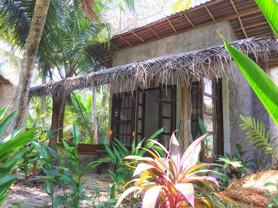 Front view of cabana.