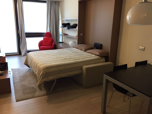 Flat in the heart of Milan with Duomo view! - Milano - Ev
