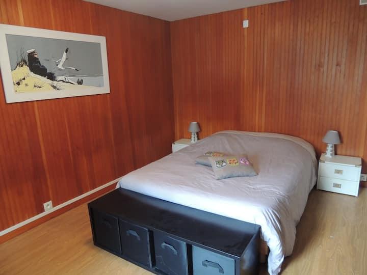 Chambre à 2min à pied du centre de St Gilles