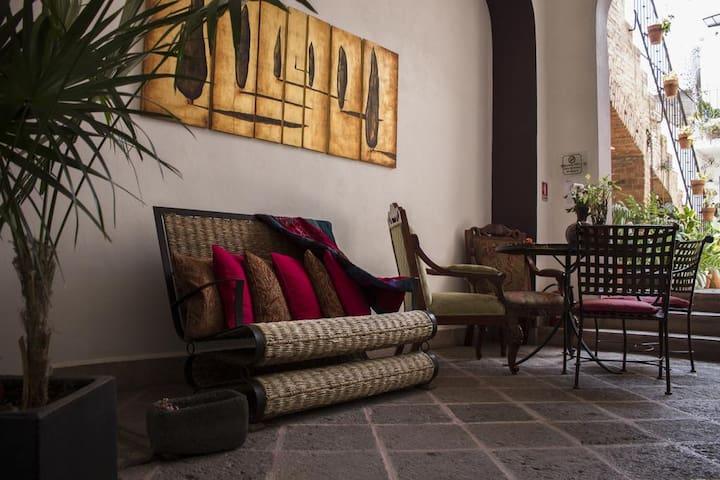 capital suite (Website hidden by Airbnb)