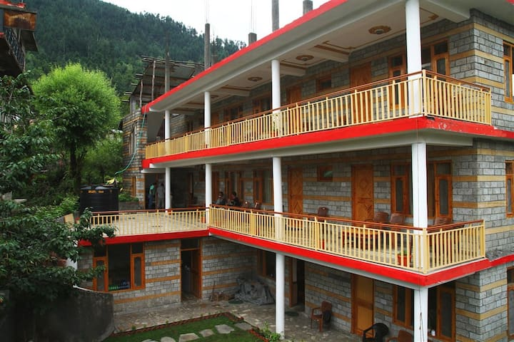 Compass Homestay, Old Manali