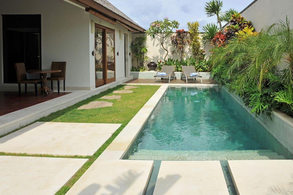 Villa Arjuna pool