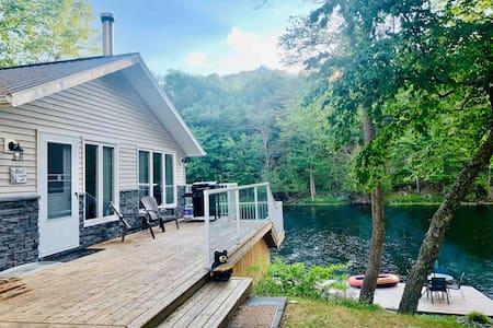 TR Cottage