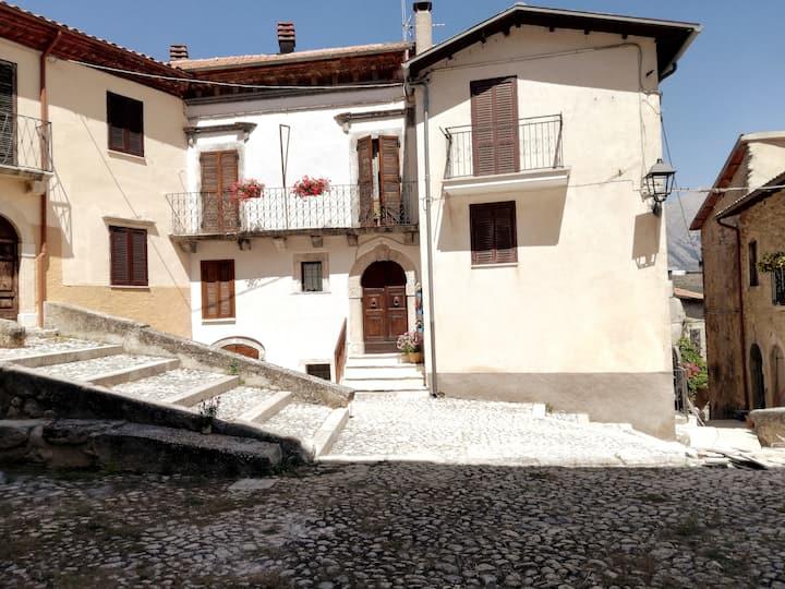 Charming house overlooking Monte Velino