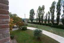 Casa immersa nel verde a 1,6 km dal centro