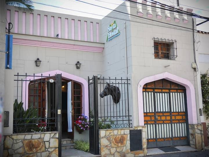 Un lugar confortable, calido y Familiar en Salta