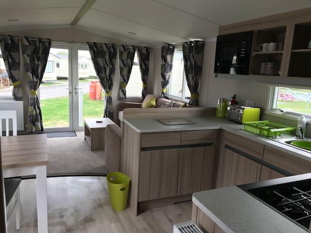 Flamingo land caravan hire B65 - collier caravans