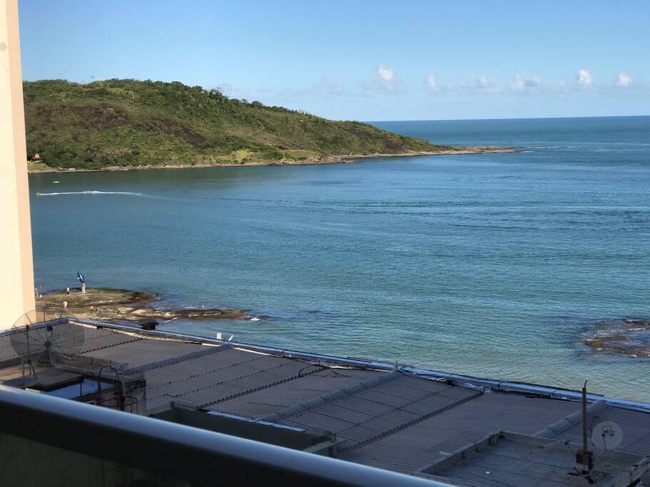 Vista da varanda para esquerda e para Morro Pescaria