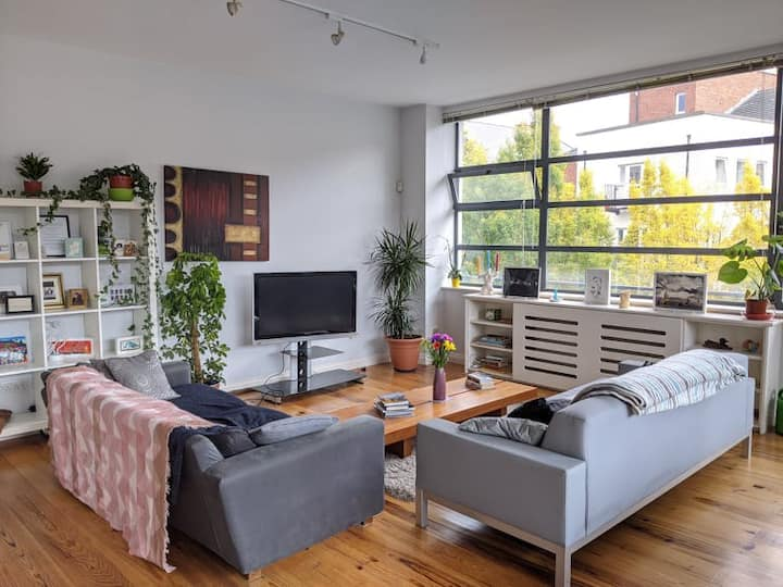 City centre spacious and peaceful apartment