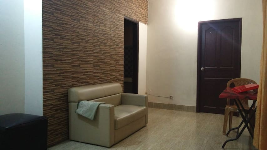 LUVA MANZI (Home Sharing  room in 3rd floor)
