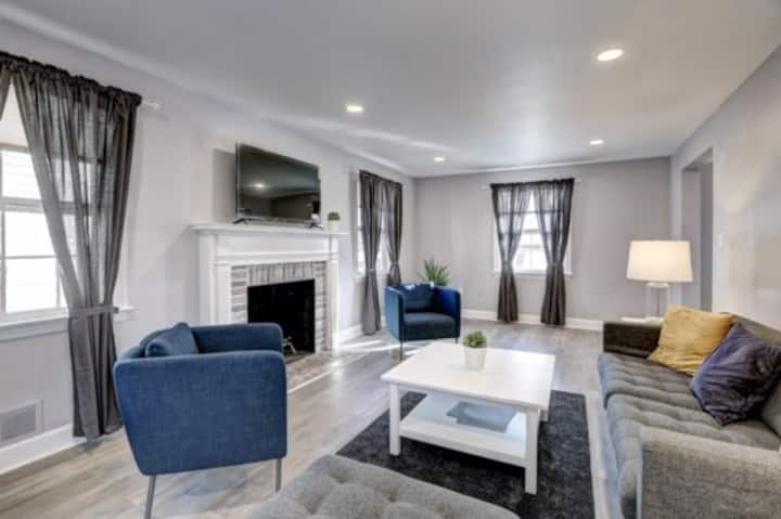 Gorgeous home in lively Chevy Chase/DC location