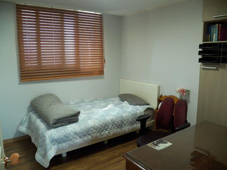 싱글룸, Single Room