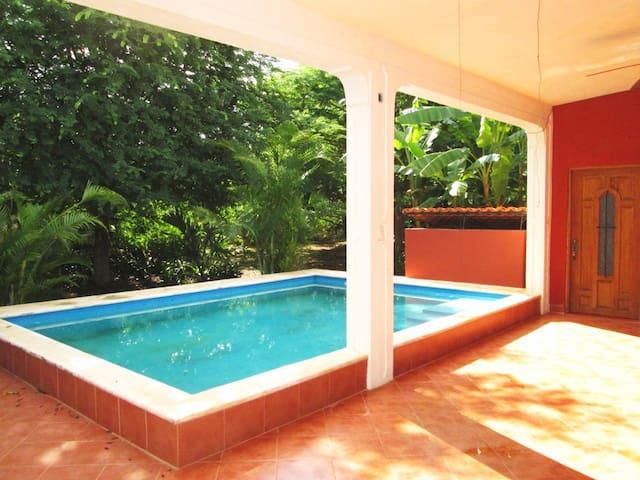 7 Bdrm Paradise at Villa Buenaflor - Izamal - Casa de camp