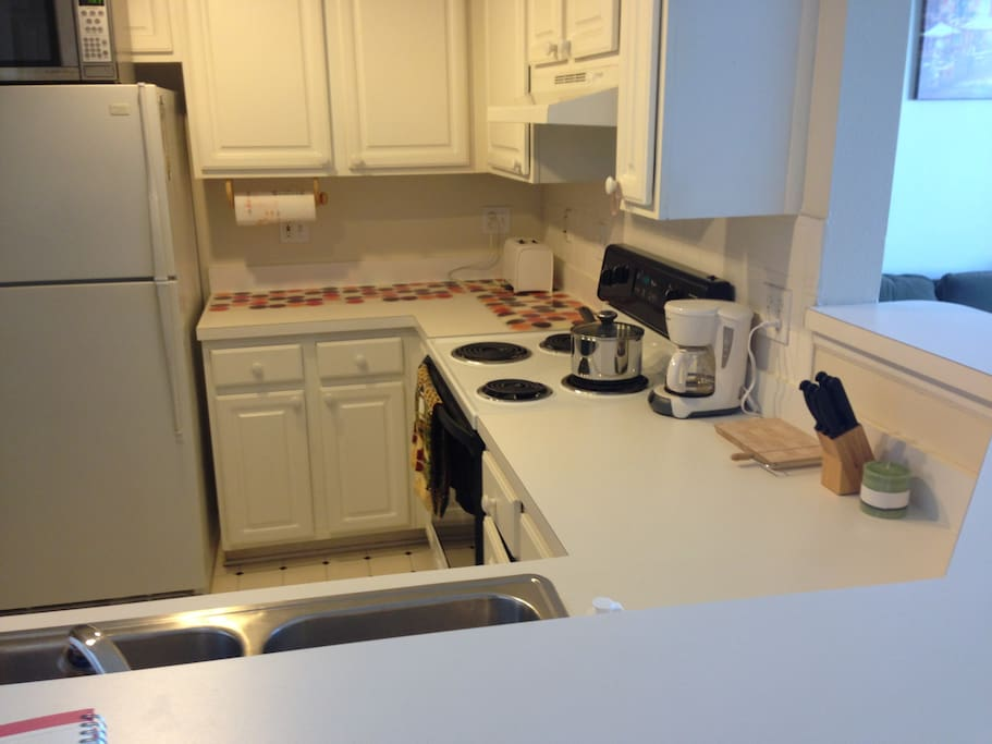 Kitchen with all amenities incl dishwasher
