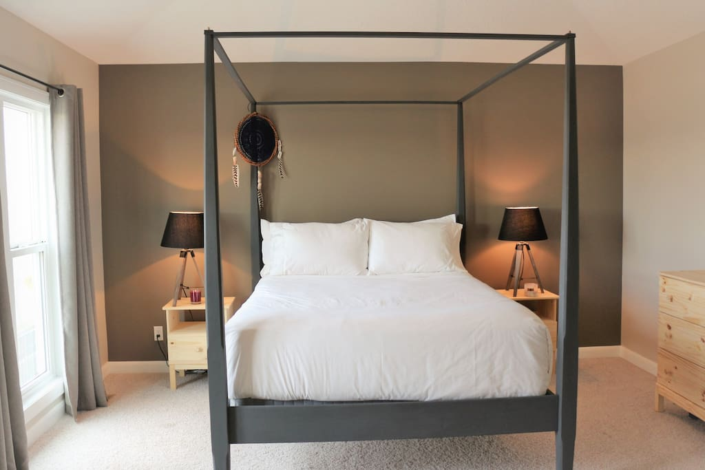 Master Four Poster Bed