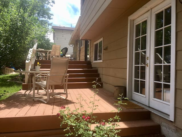 Sunny 1BR/1BA - Close to hiking & biking!