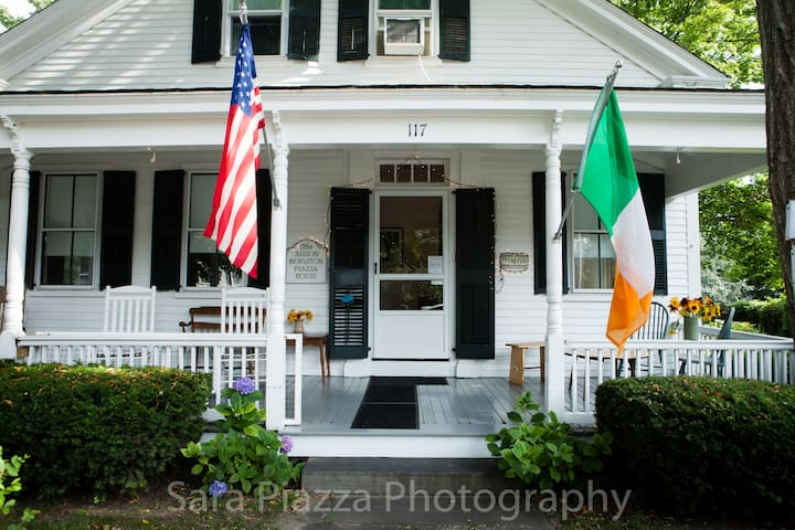 The Alison Boylston Piazza House - Edgartown - Pousada