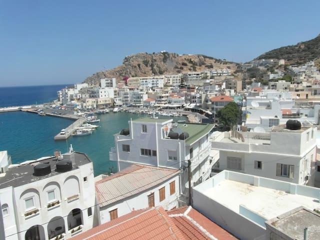 ΜΙΝΑ ΑPARTMENTS - Karpathos - Apartament