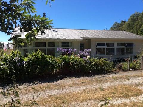 Woodbank School house, Clarence, Kaikoura Coast