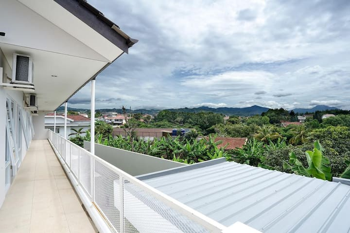 Refreshing Private Room in Dago, Bandung