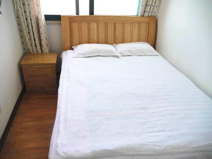 港逸旅馆三室套房