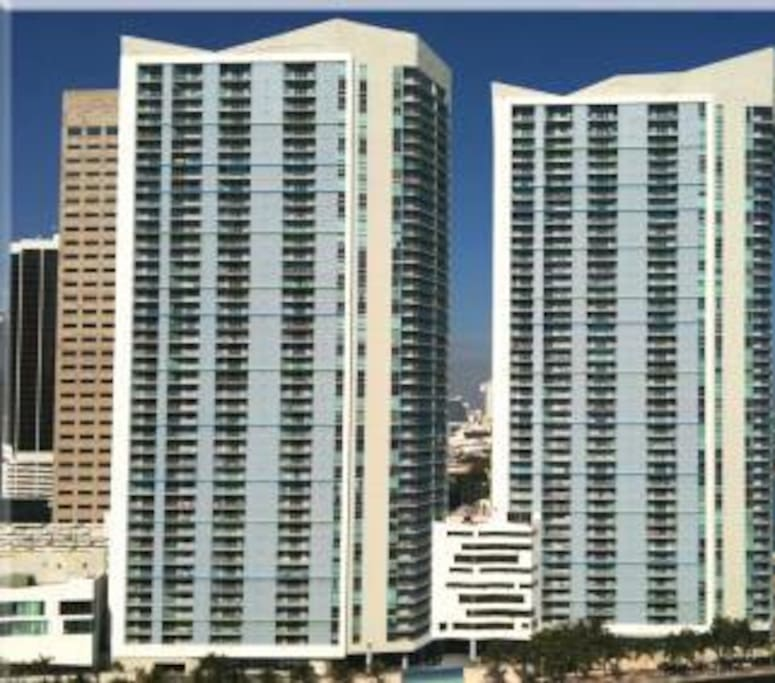 Luxury Downtown Miami Brickell Apartments For Rent In Miami Florida United States
