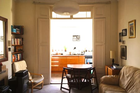 Sunny room in the heart of Dalston - London
