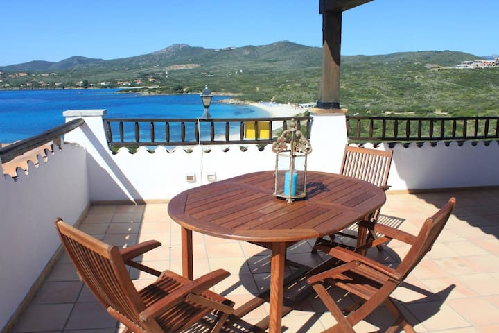 Spiaggia Bianca - Amazing seaview apartment ideal for a couple