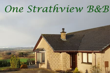 Strathview Suite at One Strathview - Forfar - Bed & Breakfast