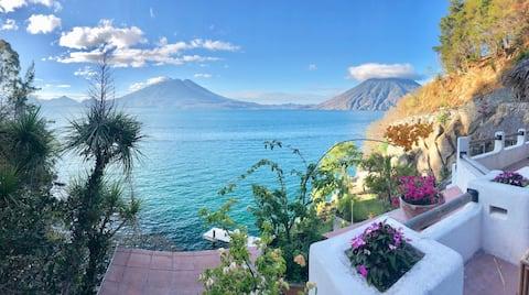 Exquisite Estate   Private Cove   Serene Retreat