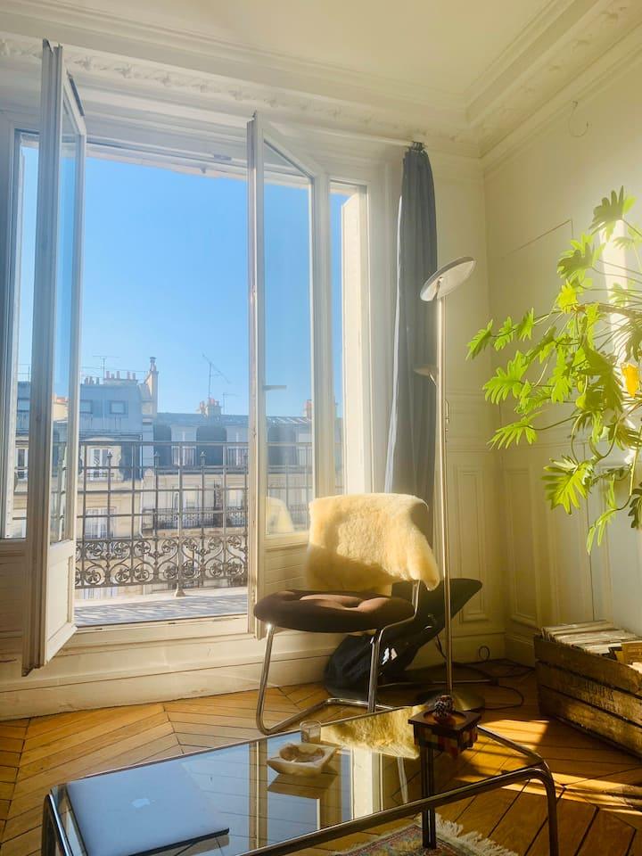 Nice typical parisien flat