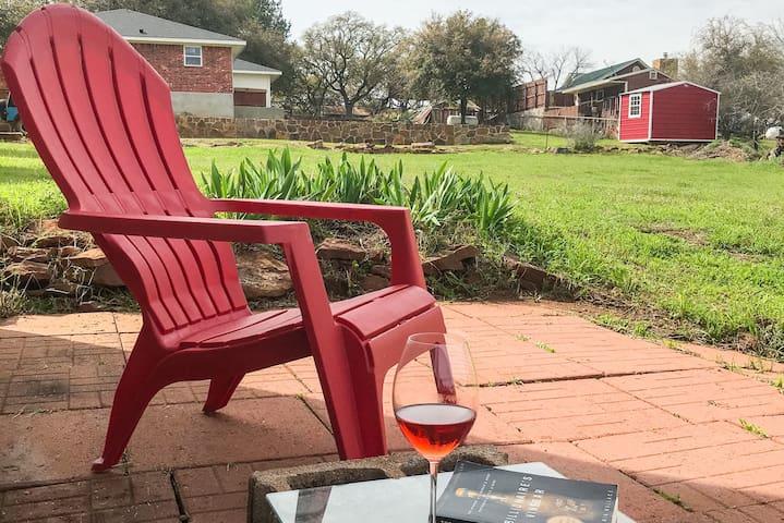 Mason Wine Chalet