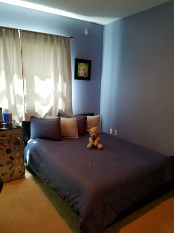 Comfortable ensuite Room with TV