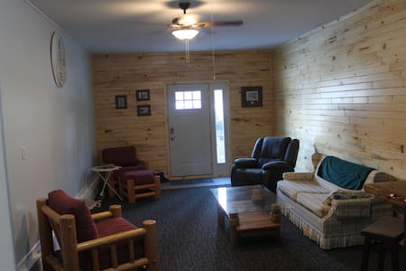 Knotty Pine Resort @ Hubbard Lake