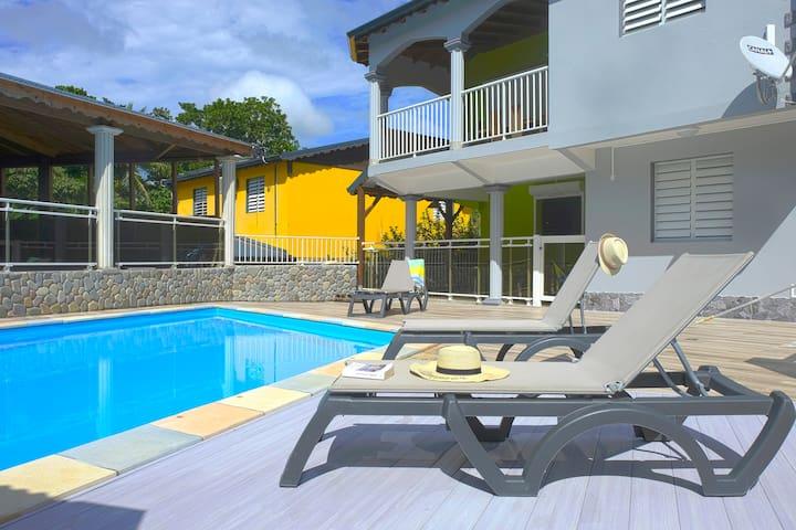 Bel Apt dans résidence avec jardin et piscine
