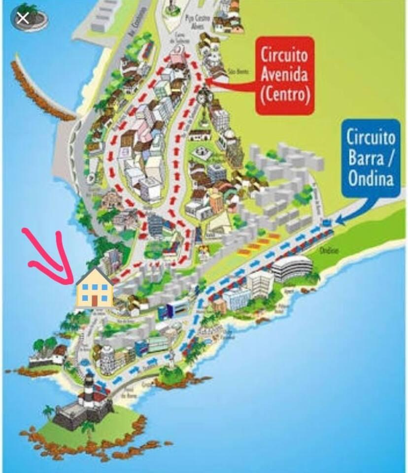 Estamos no meio dos dois pincipais circuitos do carnaval de Salvador.