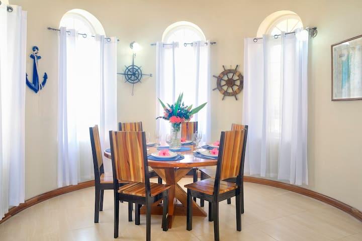 Lower Villa Dining Room - seat 6