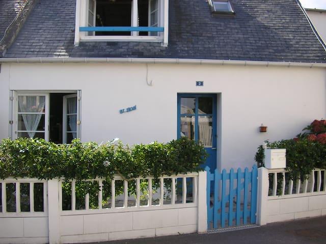 Agréable maison de pêcheur de 60 m2 - Loctudy - บ้าน