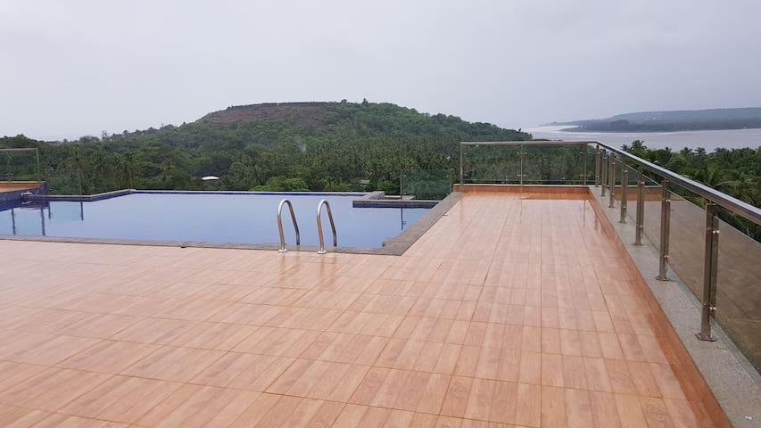 Symphonny Apt Goa-1BHK, Sea-view Terrace, Vagator