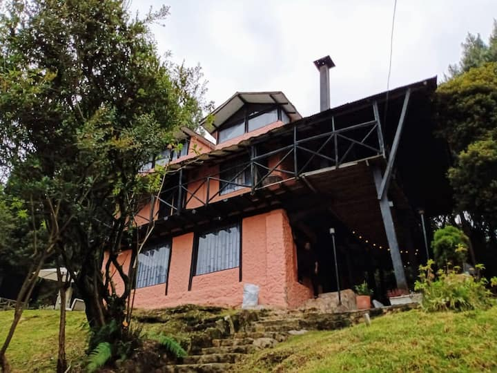 Alojamiento en Cabaña Campestre cerca de Bogotá