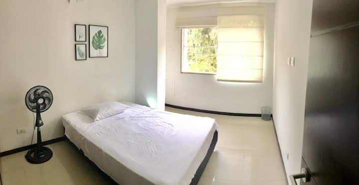 Great apartment with best location-El ingenio 504